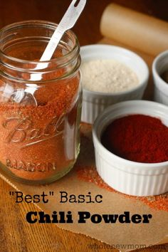 The Best Basic Chili Powder Homemade Chili Powder - made simple. We did a taste test of tons of homemade recipes and this one came out on top. It's super easy to make and has none of the chemical nasties that store-bought spice mixes often have. Easy Homemade Chili, Homemade Spice Blends, Homemade Spices, Homemade Seasonings, Spice Mixes, Homemade Recipe, Chutneys, Pesto, Do It Yourself Food