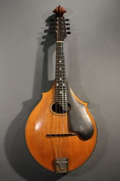 1920s Lyon & Healy Style A mandolin. Click to visit our website for more details!