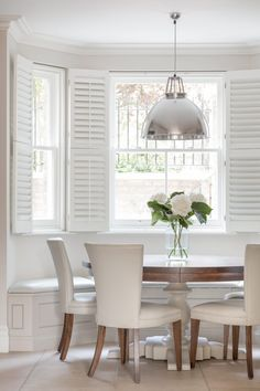 Banquette Seating In Kitchen, Dining Nook, Dining Room Design, Design Kitchen, Kitchen Interior, Window Seat Kitchen, Kitchen Curtains, Kitchen With Bay Window, Bay Window Seats