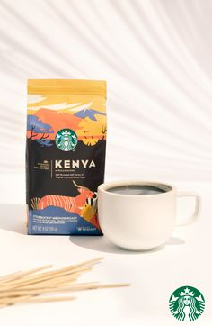 Bright sweet and packed with flavor our Kenya blend is sure to brighten up your morning. Starbucks Drinks, Starbucks Coffee, Crockpot Recipes Mexican, Nitro Coffee, French Press Coffee Maker, Coffee Photography, Coffee Packaging, Pound Cake Recipes, Packaging Design Inspiration