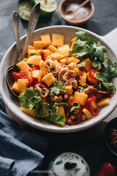 Sweet and juicy mango salad tossed with lime juice, crispy nuts, crunchy fried onion, and a touch of spice. You can whip up a super-light brunch in no time. Best Salad Recipes, Summer Salad Recipes, Indian Food Recipes, Asian Recipes, Snack Recipes, Ethnic Recipes, Potluck Recipes, Asian Foods, Chinese Recipes