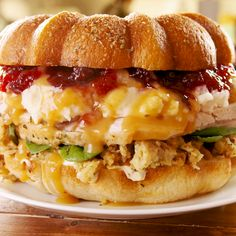 This Giant Thanksgiving Sandwich Is The Most Epic Way To Use Leftovers Thanksgiving Leftovers, Thanksgiving Recipes, Holiday Recipes, Thanksgiving 2020, Thanksgiving Messages, Thanksgiving Outfit, Thanksgiving Decorations, Leftovers Recipes, Turkey Recipes
