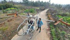 Petani China Buat Helikopter Bermesin Sepeda Motor | Beritasejagat.com