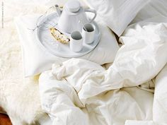 breakfast in bed. #food photography #styling #white food styling
