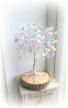 Pastel rainbow tree happy,balloon,unique gift,wire tree of life Wire Crafts, Rock Crafts, Diy And Crafts, Happy Balloons, Balloon Tree, Wire Tree Sculpture, Money Trees, Wire Trees, Jewelry Tree