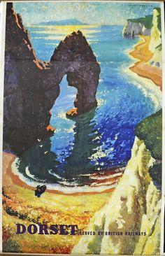 Dorset . Served by British Railways (Durdle's Door, Lulworth Cove) #poster #beach #essenzadiriviera.com