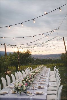 Gorgeous DIY wedding table in Provence | Photography by Emma Rodrigues Photography