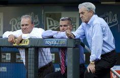 Fan injured by hot dog suing Kansas City Royals despite 'baseball rule'.