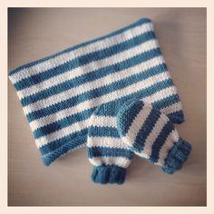 Baby gift! Baby Gifts, Gloves, Socks, Fashion, Moda, Fashion Styles, Hosiery, Mittens, Stockings