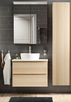 Open Up Any Bathroom with These Space-Saving Solutions