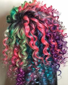 Latest and Greatest Hair Colors for 2019 Exotic Hair Color, Beautiful Hair Color, Cool Hair Color, Boys Colored Hair, Colored Curly Hair, Fall Hair Colors, Hair Dye Colors, Dyed Curly Hair, Curly Hair Styles