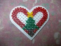 Easy Perler Bead Patterns, Melty Bead Patterns, Perler Bead Templates, Diy Perler Beads, Perler Bead Art, Beading Patterns, Christmas Perler Beads, Cross Stitch Christmas Ornaments, Melted Bead Crafts