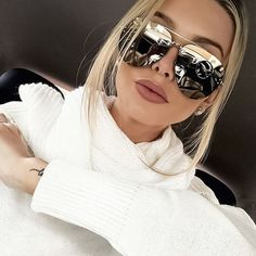 Oversize Sunglasses Luxury Brand Designer Men Integrated Sun Glasses Fashion Rimless Sunglasses Women Vintage Shades if you rememberVisit our store Black Women Fashion, Trendy Fashion, Womens Fashion, Fashion Trends, Style Fashion, Classic Fashion, Elite Fashion, Luxury Sunglasses, Sunglasses Women