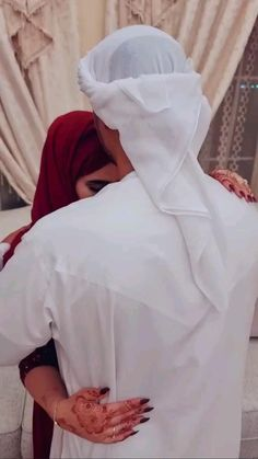 Cute Couple Songs, Love Songs For Him, Best Love Songs, Cute Love Couple, Best Love Lyrics, Cute Couple Videos, Cute Songs, Cute Baby Quotes, Cute Romantic Quotes