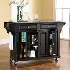Crosley Rolling Kitchen Cart / Island With Solid Granite Top In Black - Traditional styling with raised panel doors make this rolling kitchen island a great addition to any kitchen. The granite countertop is a great work space no matter what your task. Rolling Kitchen Island, Kitchen Island Decor, Modern Kitchen Island, New Kitchen, Kitchen Islands, Kitchen Ideas, Kitchen Carts, Kitchen Tops, Kitchen Photos
