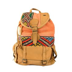 Look boho chic. Chic Backpack, Leather Backpack, Look Boho Chic, Boho Life, Shoe Boots, Shoe Bag, Boho Bags, Cute Bags, Swagg