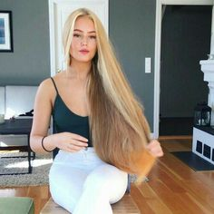 The next Rapunzel for the day is Christine Sanquer.o Our site is dedicated to the celebration of beautiful long hair. If you have long hair and…. Beautiful Long Hair, Gorgeous Hair, Brown Blonde Hair, Very Long Hair, Grunge Hair, Hair Pictures, Hair Inspiration, Cool Hairstyles, Short Hair Styles