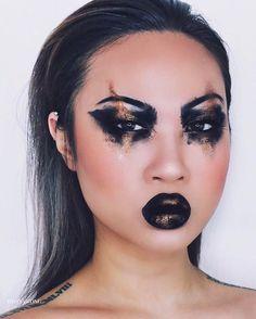"- Damaged goods - heavily inspired by one and only @lindahallbergs   @katvondbeauty MetalMatte palette ""flash"" ""synergy"" ""jet"" w/ wet brush. This gives intense colour KVD everlasting lip ""witches""  @graftobianmakeup glitter ""copper"" . . #makeup #makeupart #makeupporn #instamakeup #makeupoftheday #motd #muotd #makeupjunkie #makeupaddict #makeupdolls #makeupmafia #powerofmakeup #glam #beauty #shimycatsmua #peachyqueenblog #makeupartistsworldwide #makeupartist #mua #wakeupandmakeup…"