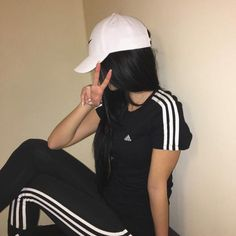 Image about girl in Adidas Style Outfits, Casual Outfits, Cute Outfits, Girl Pictures, Girl Photos, Adidas Tumblr, T Shirt Pink, Mode Kpop, Vetement Fashion