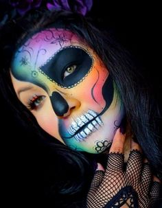 This Expert halloween makeup gallery 17 image is part from Awesome Halloween Makeup Gallery from the Expert gallery and article, click read it bellow to see high resolutions quality image and another awesome image ideas. Unique Halloween Makeup, Haloween Makeup, Halloween Looks, Costume Makeup, Halloween Costumes, Halloween Stuff, Halloween College, Art Visage, Makeup Ideas