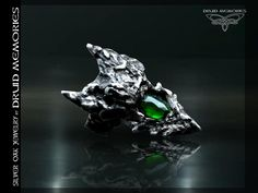 "Rose cut chrome diopside dragon ring ""Venturix"", druid dragon ring."