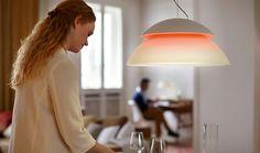 Met de Philips Hue Beyond hanglamp, kan een eindeloze mix van kleuren gecre�erd worden. Zoek de juiste kleurencombinatie, klik en geniet.