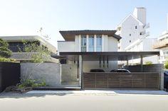 LIXILエクステリアコンテスト 〜2016年受賞作品〜 Carport Canopy, Carport Garage, Garage Design, House Design, Key West Style, Forest House, House Front, Garden Planning, Facade