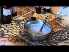 Un spray démêlant naturel & maison pour les cheveux à la mûre sauvage!