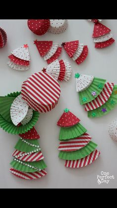 An Awesome Holiday Craft For The Whole Family Cupcake Liners Turned Into Adorable And Festive Ornaments