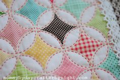 Mommy by day Crafter by night: Darling Doll Quilt Tutorial - but it could be much larger...