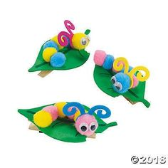 Pom-Pom Caterpillar Note Holder Craft Kit