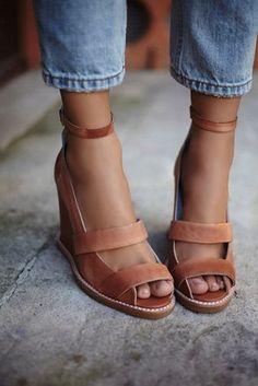 Tendance Chaussures - Free People - Jeffery Campbell Womens Dakota Wedge
