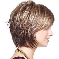 """It can not be repeated enough, bob is one of the most versatile looks ever. We wear with style the French """"bob"""", a classic that gives your appearance a little je-ne-sais-quoi. Here is """"bob"""" Despite its unpretentious… Continue Reading → Short Layered Haircuts, Layered Bob Hairstyles, Short Hairstyles For Women, Wig Hairstyles, Women Short Hair, Layered Bob Short, Short Pixie Bob, Layered Bob With Bangs, Graduated Bob Hairstyles"""