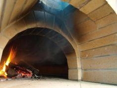Building Between a Rock and a Hard Place - Forno Bravo Forum: The Wood-Fired Oven Community Stone Pizza Oven, Diy Pizza Oven, Pizza Oven Outdoor, Pizza Ovens, Diy Grill, Grill Oven, Stove Oven, Wood Oven, Wood Fired Oven