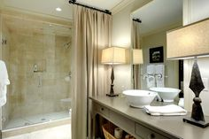 stunning bathroom - I adore the table lamps
