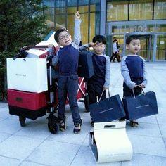 #Cr.Daehan Minguk ManSe #FB Thailand #Song's Cute Triplets Cute Kids, Cute Babies, Song Il Gook, Triplet Babies, Superman Kids, Man Se, I Miss You Guys, Song Triplets, Korean Babies