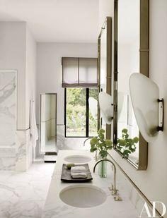 An Avant-Garde California Residence Becomes an Art-Filled Retreat Photos | Architectural Digest