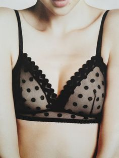 The polka dots are so sassy and an unexpected spin on lingerie Belle Lingerie, Sexy Lingerie, Ensemble Lingerie, Lingerie Plus Size, Pretty Lingerie, Beautiful Lingerie, Luxury Lingerie, Trend Fashion, Fashion Beauty