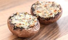 The perfect recipe for: stuffed mushrooms - Essen / Trinken - Salat Rezepte Fruit Recipes, Vegetable Recipes, Snack Recipes, Healthy Recipes, Healthy Food, Pork Brisket, Mozarella, Good Food, Yummy Food