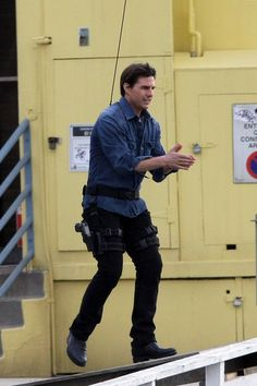 "Tom Cruise - Tom Cruise Filming ""Knight and Day"""