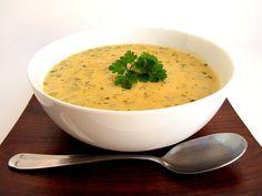 kohlrabi soup (substitute heavy cream with coconut milk if you are dairy free) Kohlrabi Recipes, Surimi Recipes, Endive Recipes, Mackerel Recipes, Coffe Recipes, Best Soup Recipes, Veggie Recipes, Healthy Recipes, Vegetarian Food