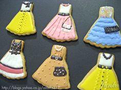 Dresses cookies