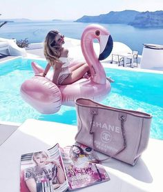 """308 Likes, 5 Comments - 💗 MIAU SWIMWEAR 💗 (@miauswimwear) on Instagram: """"You know you're having a good day when your flamingo matches your bag @stylefriques via…"""""""