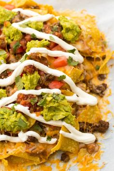 --> No tacos, no problem! These Loaded Nachos Supreme are deconstructed tacos! Get the Recipe HERE! Mexican Dishes, Mexican Food Recipes, Ethnic Recipes, Yummy Recipes, Nacho Recipes, Meat Recipes, Cheesy Nachos, Nachos Loaded, Nachos Supreme