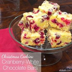 Easy bars that are tangy and sweet! I don't even like cranberries but loved these. Microwave for 10 seconds and have with a glass of milk for the win! #cookies #Christmas #dessert