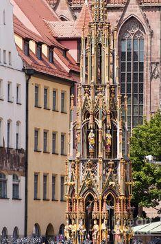✯ Schoner Brunnen Fountain - Nuremburg, Germany
