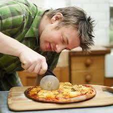 Итальянская пицца - соус и тесто по рецепту Д. Оливера!