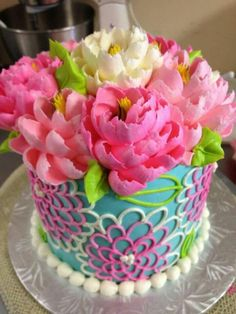 Happy yellow buttercream cake by the white flower cake shoppe cake mightylinksfo
