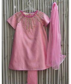 Kidswear Indian clothes Feather touch Kurti/churidar
