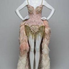 Nicole Kidman Moulin Rouge, Satine Moulin Rouge, Le Moulin, Moulin Rouge Movie, Burlesque Outfit, Burlesque Costumes, Cosplay Costumes, Burlesque Tattoo, Burlesque Fancy Dress